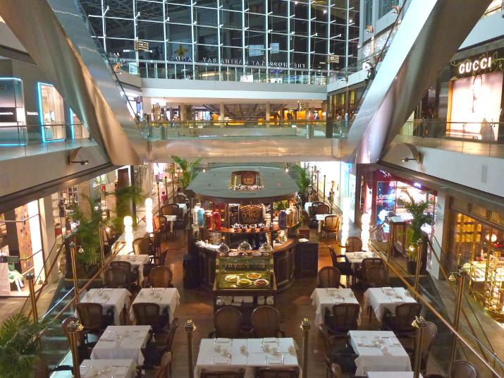 Riesig: Auf fast 75'000 m2 erstreckt sich The Shoppes, der dazugehörige Einkaufstempel