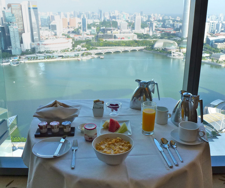 Marina Bay Sands - Frühstück mit Blick auf die Marina Bay
