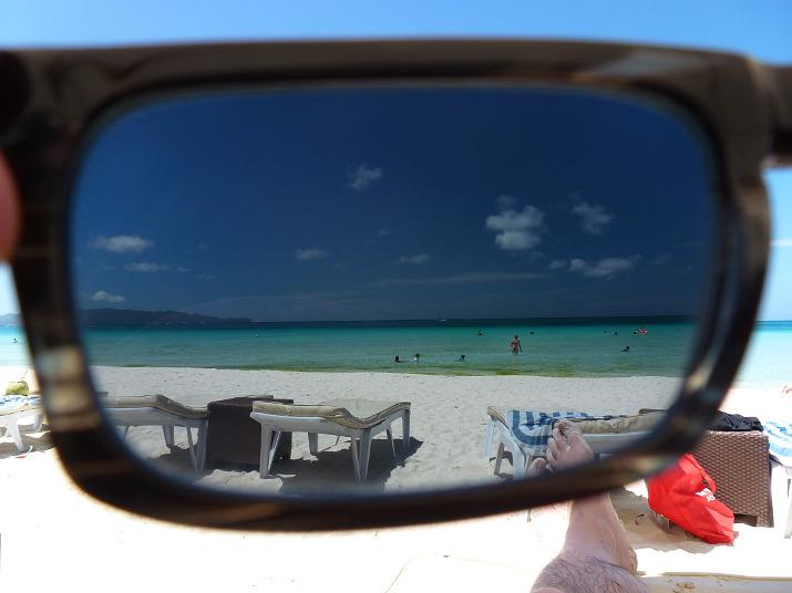 Boracay White Beach durch die Sonnenbrille