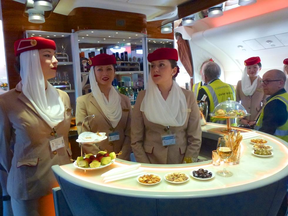 Ein Drink gefällig? Bar für Business- und First-Class Passagiere im Airbus A380 von Emirates