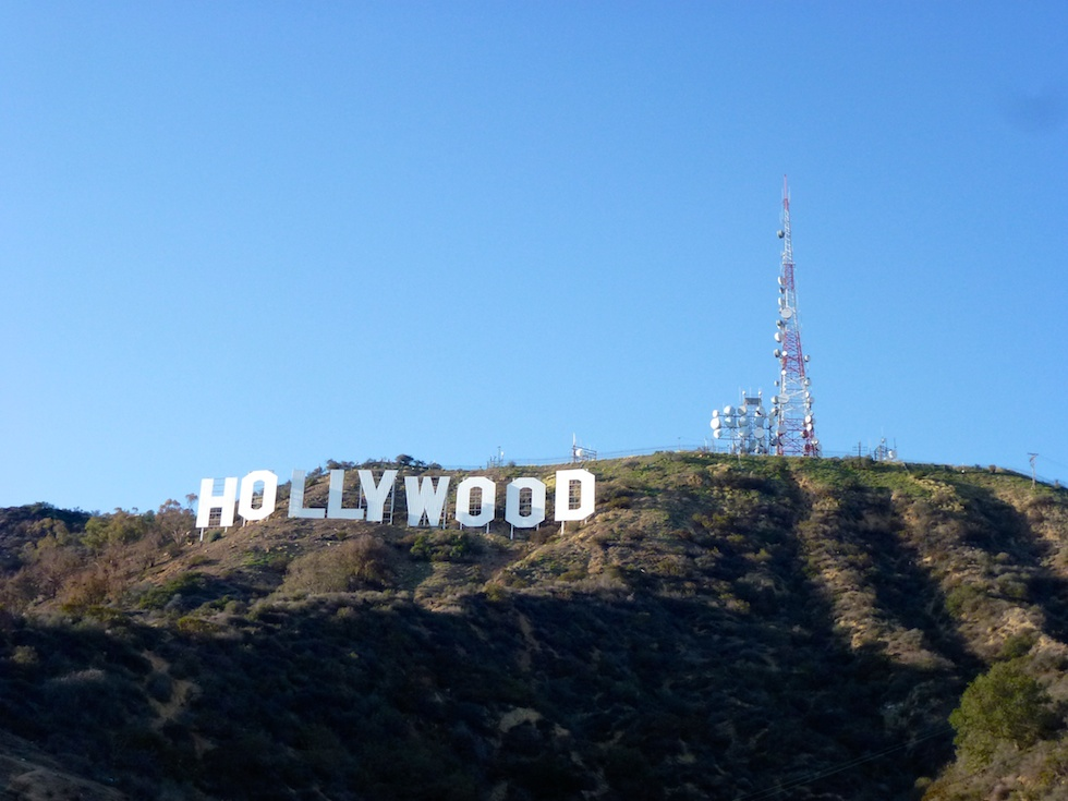 Hollywood Sign vom Canyon Lake Drive aus gesehen