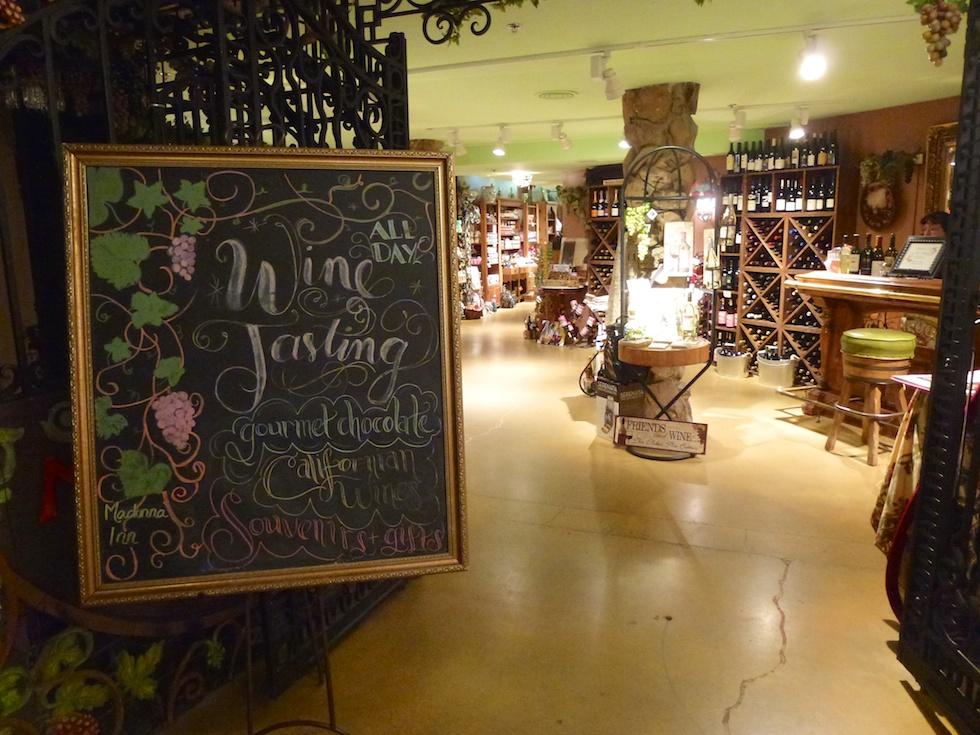 Weinkeller im Madonna Inn