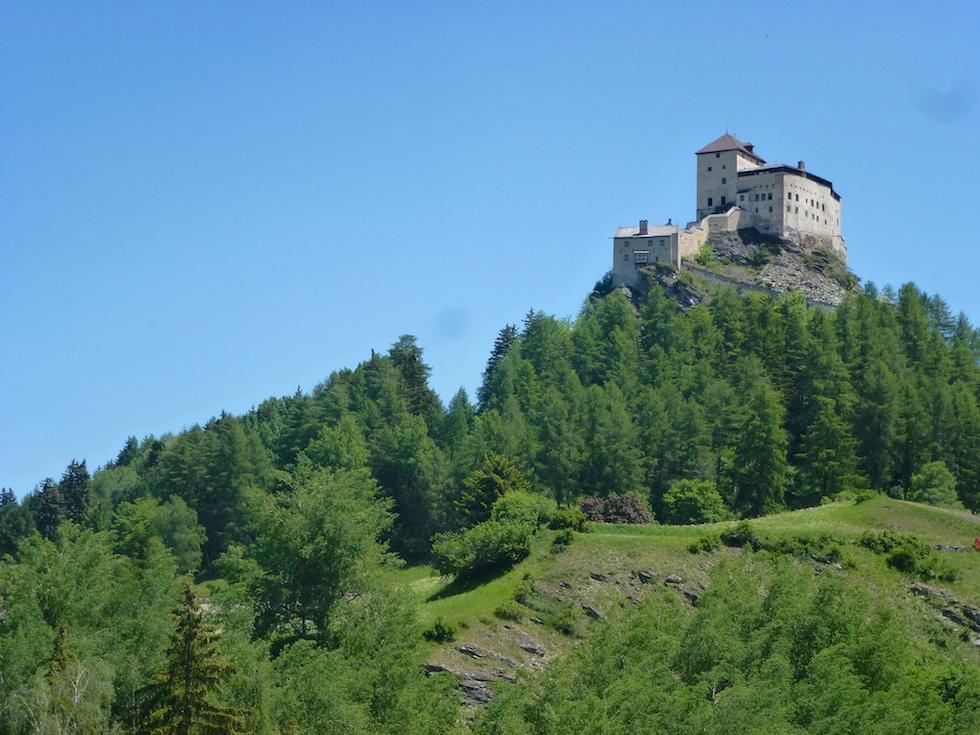 Schloss Tarasp - Ein paar Schritte sind noch zu gehen...