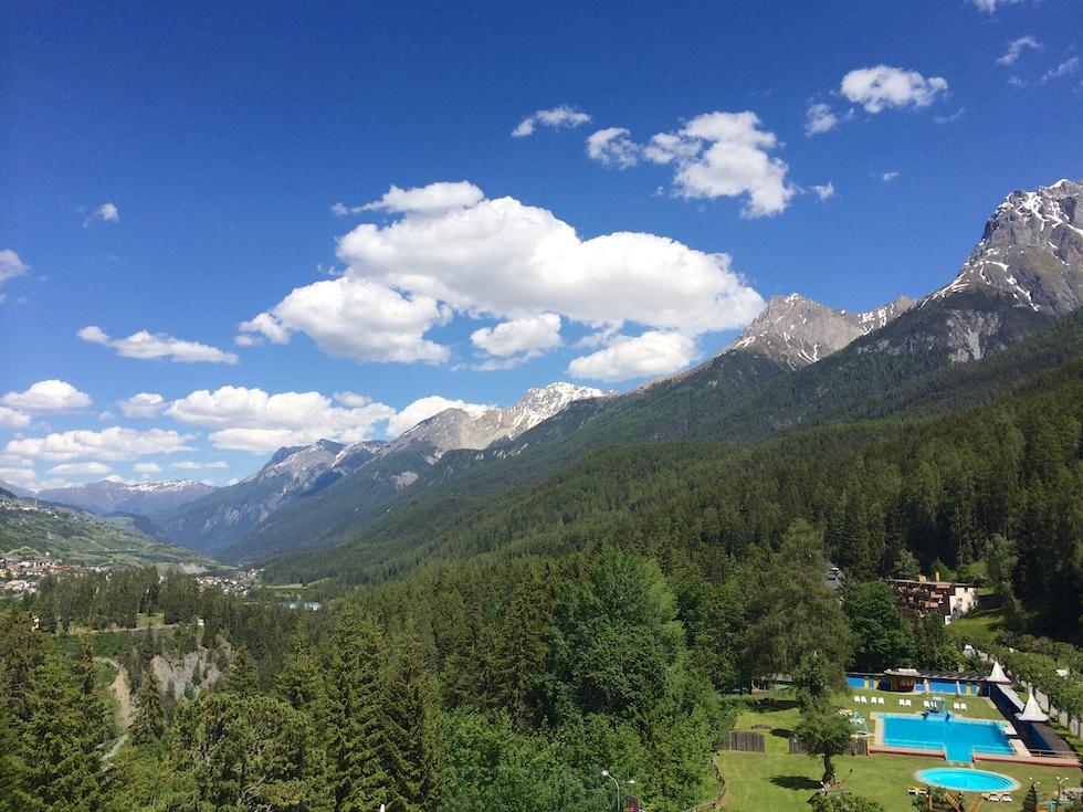 Beeindruckende Aussicht vom Zimmerbalkon des Robinson Club Schweizerhof