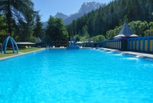 Das Schwimmbad Vulpera gehört zum Robinson Club Schweizerhof