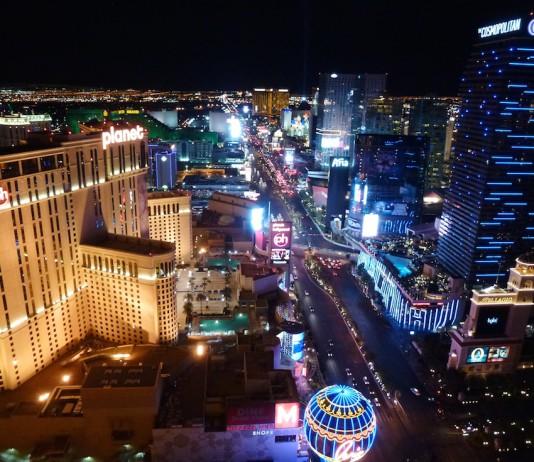 Blick vom Eiffelturm auf den Las Vegas Strip