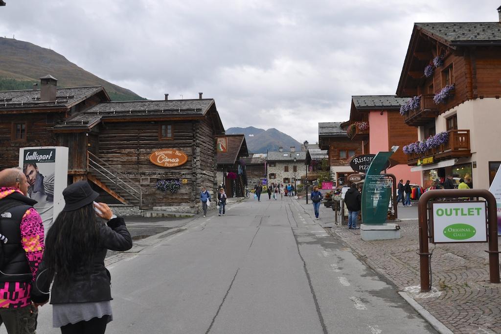 Zollfrei einkaufen in Livigno - Ohne grosse marktschreierische Plakate und Tafeln