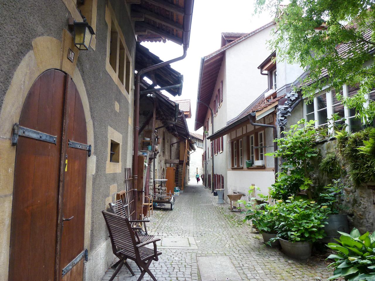 Viele Gassen führen durch die Murtner Altstadt