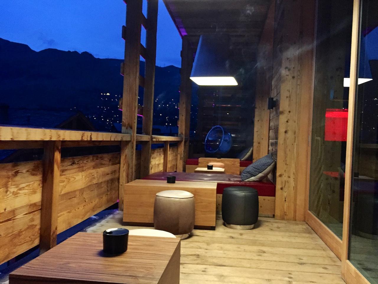 Gemütlich - die Terrasse des W Livingrooms