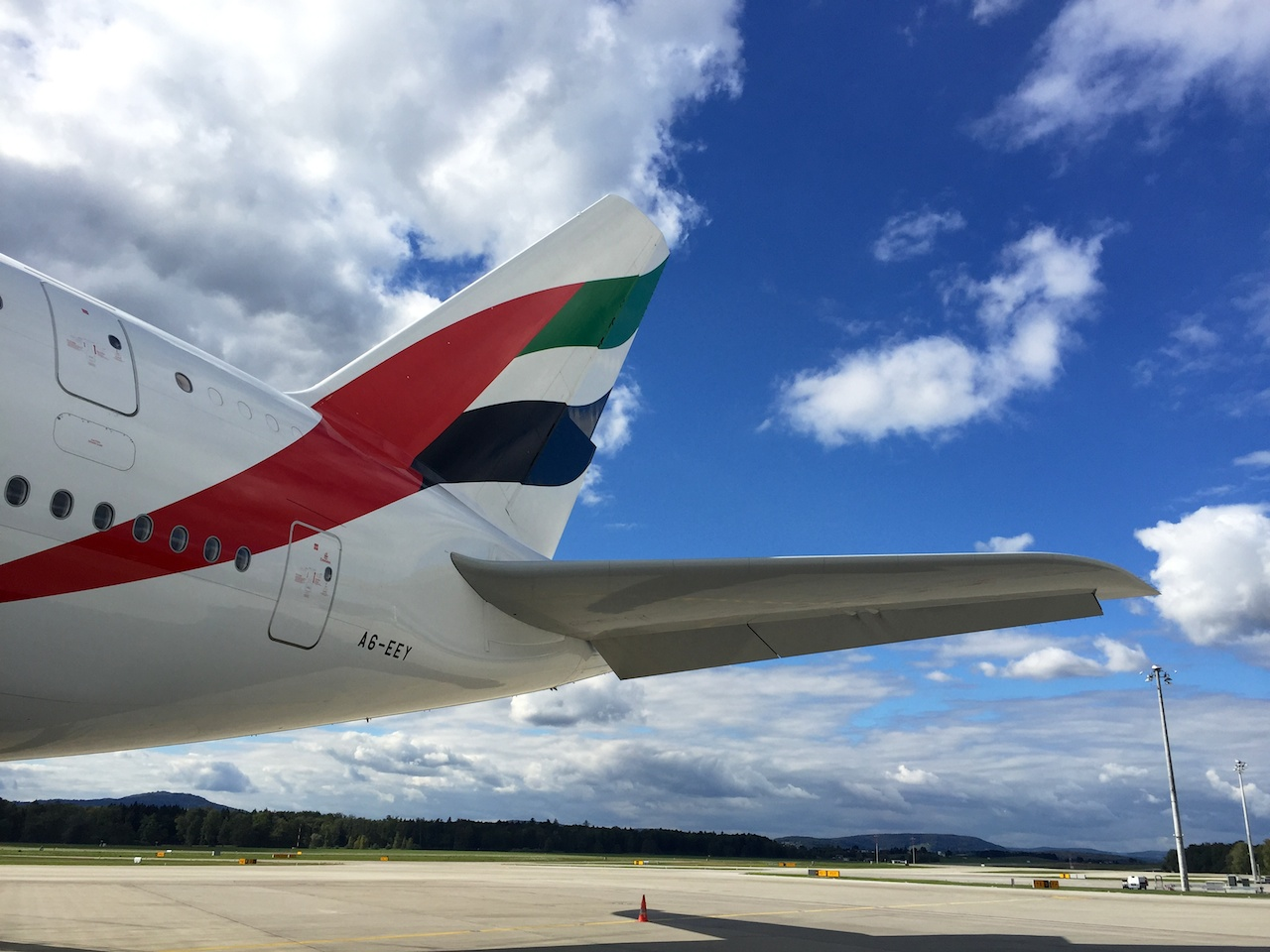 DIe Heckflosse des A380 reckt sich 24 Meter in die Höhe.