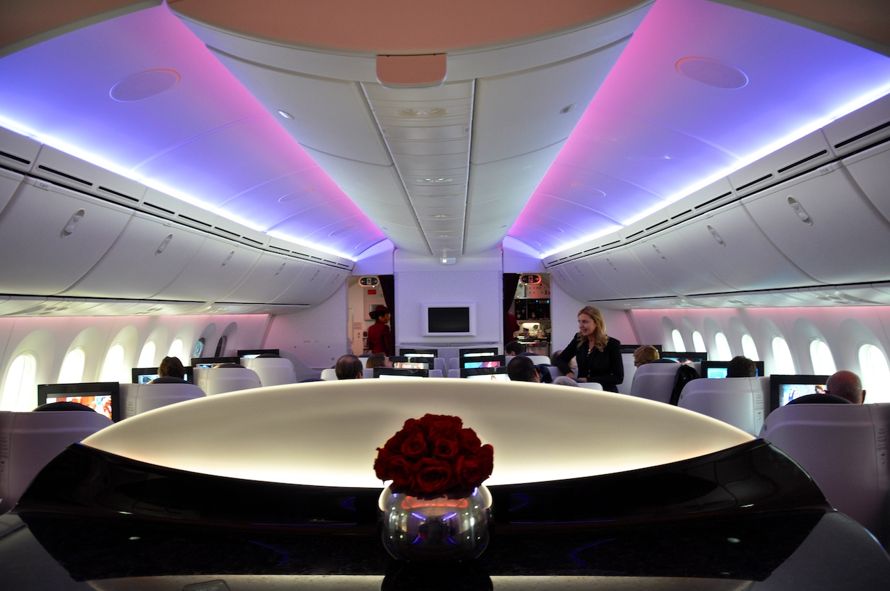 Business Class-Kabine im Qatar Airways-Dreamliner