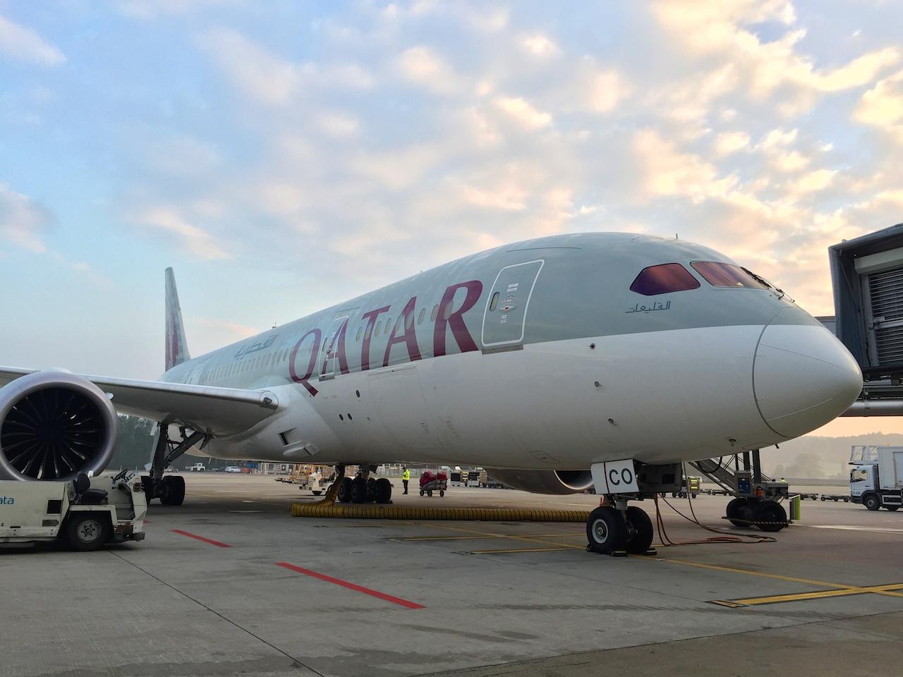 Qatar Airways Boeing 787 Dreamliner am Flughafen Zürich