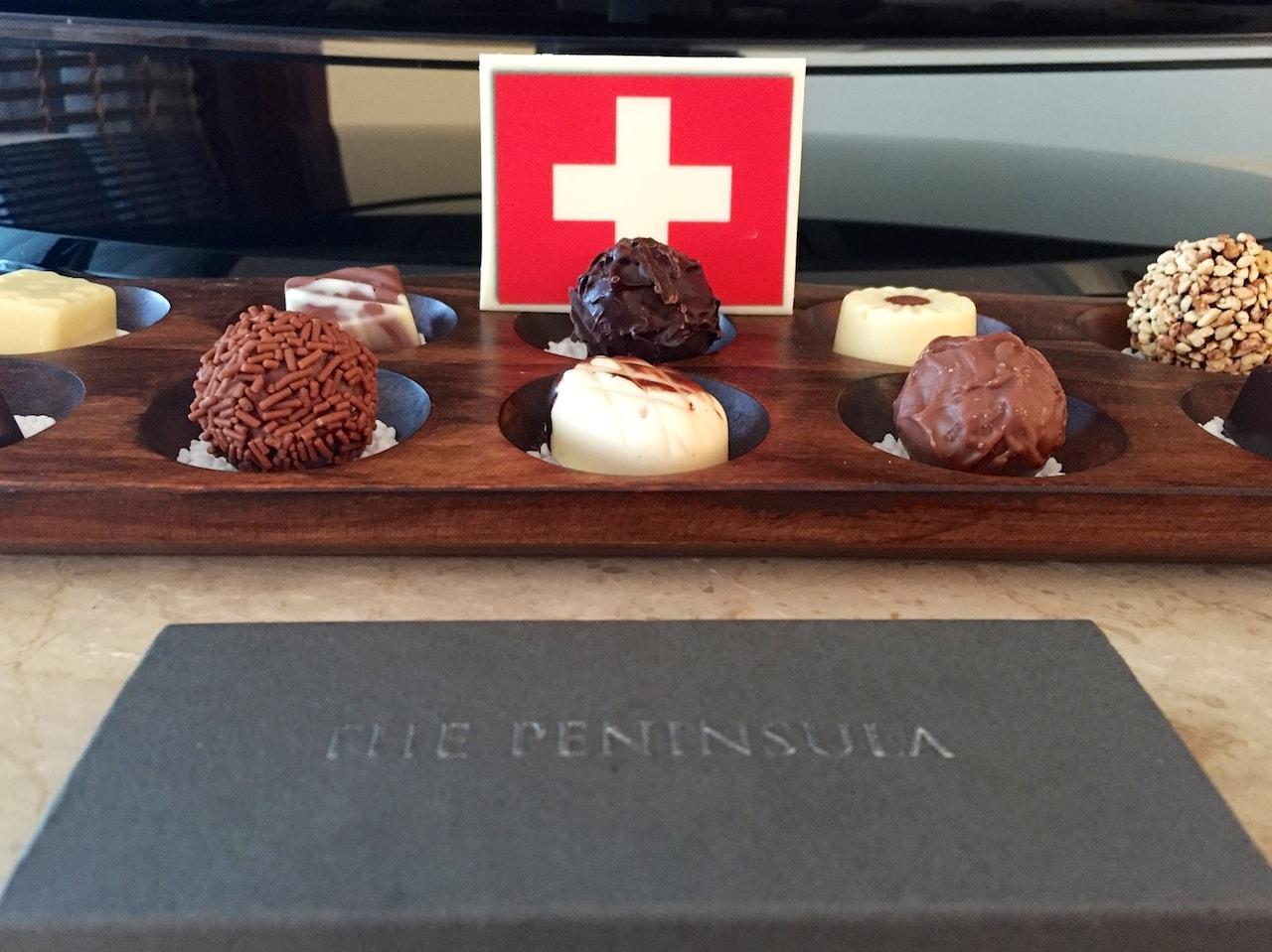 Wer kann da schon Nein sagen: Überraschung im Zimmer des Peninsula Hotels