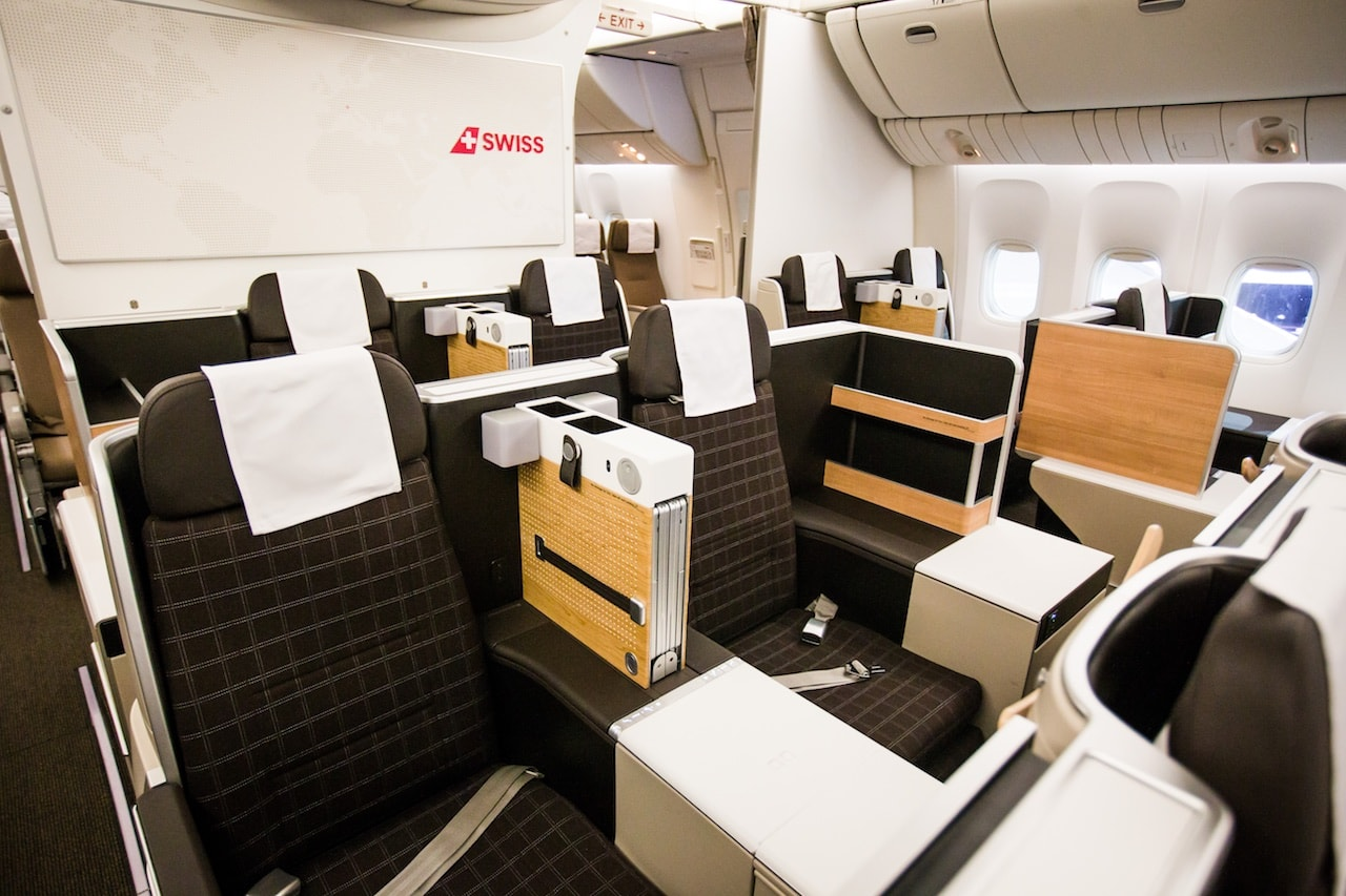 Business-Class in der SWISS Boeing 777 (Bild: Rémy Steiner Photography)