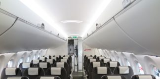 Ein Blick in die Kabine der SWISS CS100
