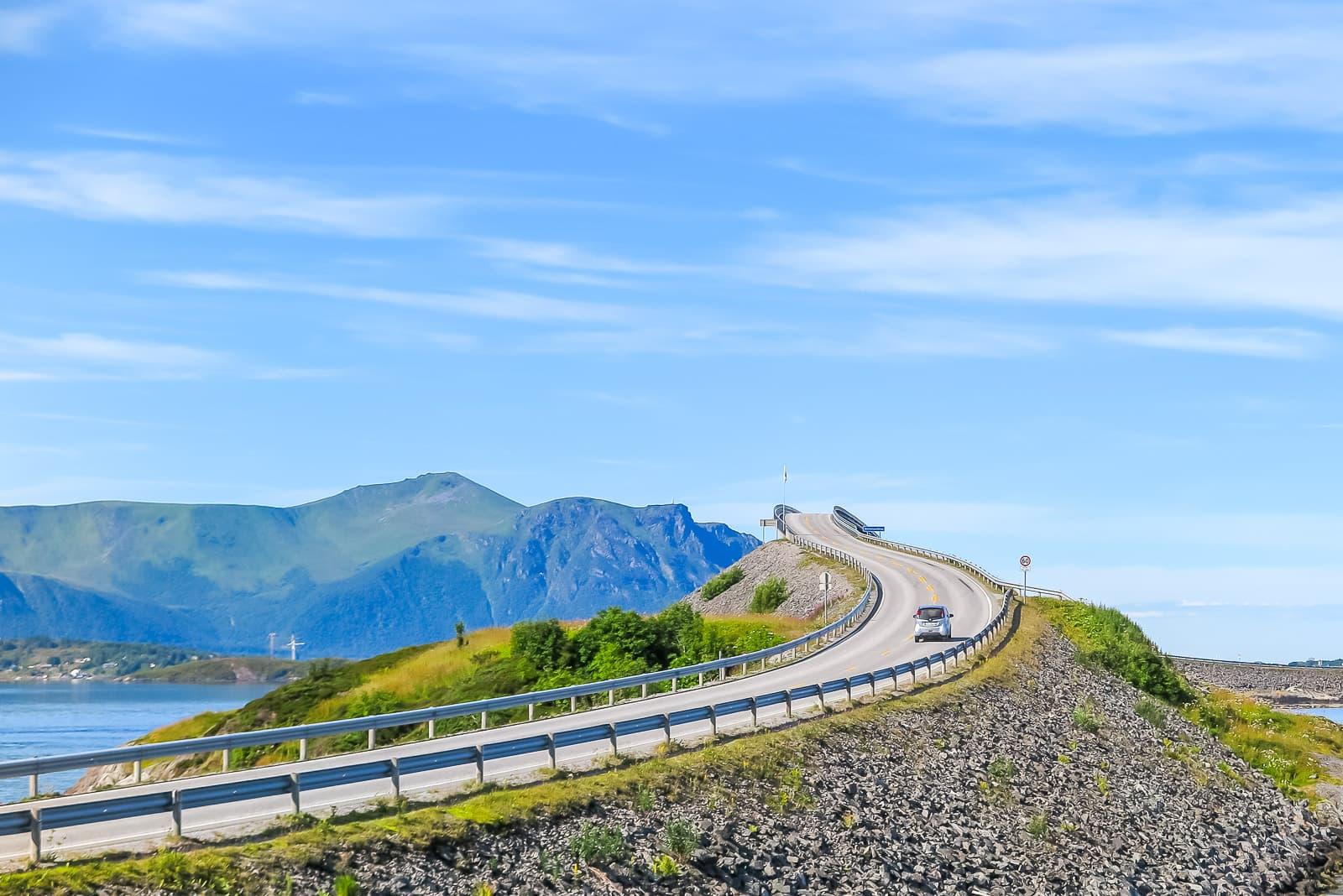 Spektakulär: Die Storseisund-Brücke an der Atlantic Ocean Road.