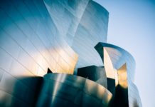 Walt Disney Concert Hall in Los Angeles (Bild: unsplash.com/Ashim D'Silva)