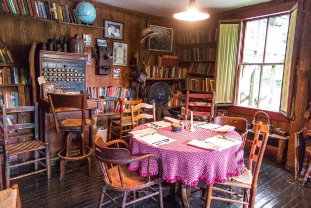 Restaurant Hütte in Helvetia, WV