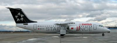 Swiss Avro RJ100 HB-IVY mit Star Alliance Bemalung